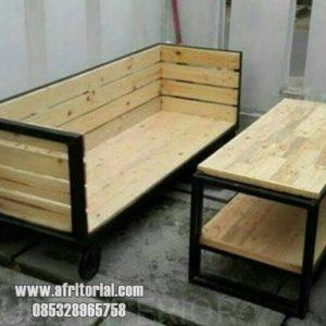 Harga meja kursi cafe satu jutaan murah dari jepara