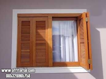 Jendela Krepyak Kayu Jati untuk Kamar