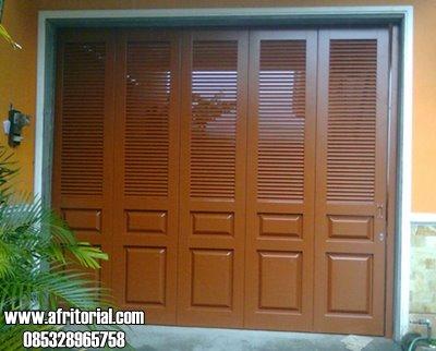 Pintu Garasi Kayu Jati Solid Rel Wina