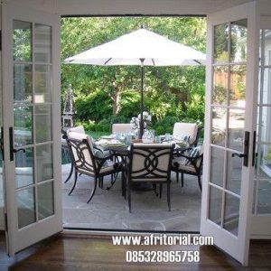 Pintu Taman Samping Atau Belakang Panel Kaca