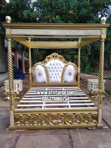 Tempat Tidur Mewah Desain Model Kanopi Ukir