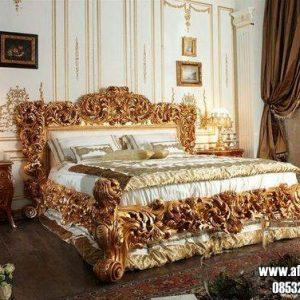 Tempat Tidur Royal Ukiran Klasik Jepara