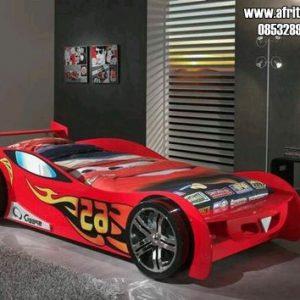 Tempat Tidur Anak Bentuk Mobil Warna Merah