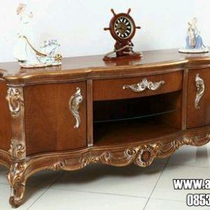 Meja Hias Ruang Tamu Desain Ukiran Klasik