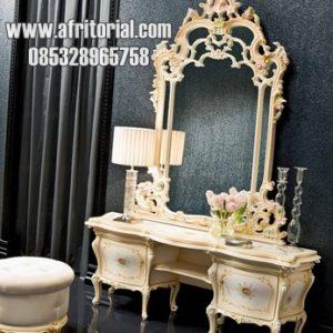 Meja Rias Model Ukir Jepara Warna Putih Leaf Gold
