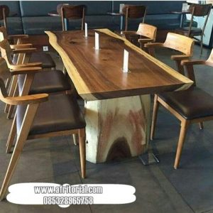 Set Meja Makan Trembesi Dengan 6 Kursi Kayu Jati Jepara