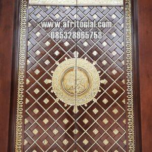 Pintu Nabawi Kuningan Asli Kayu Jati Model Kupu Tarung Untuk Masjid